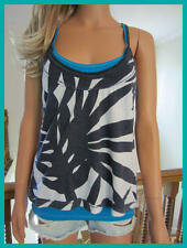 NWT HOLLISTER Navy White Hawaiian Floral Turquoise Overlay Layer Racerback Tank
