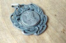 Médaillon argenté, patriotique, Marianne soldat