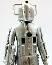Dr Doctor Who 2 X CLASSIC *INVASION CYBERMAN* Figures