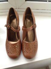 Dorothy Perkins Women Tan Leather Court Heels.New Size 7UK/40EU.