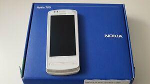 Nokia 700 - 2GB - White (Unlocked) Smartphone