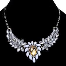 Wings Pendant Choker Bib Necklace Chain Vogue White Crystal Resin Elegant Angel