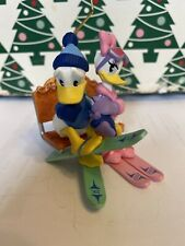 Christmas Disney Hallmark Keepsake Donald & Daisy Duck Lovers Lodge Ornament NIB