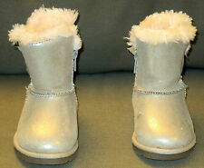 GYMBOREE BABY GIRL Gold Boots White Faux Fur Lining Winter Fall Dressy Size 5
