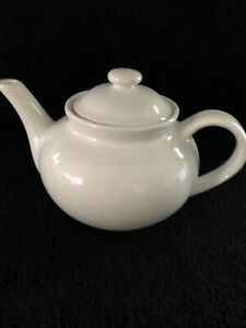 "Pure White Porcelain Tea Pot 6"" New"