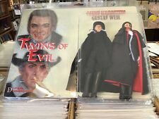 Twins Of Evil Count Karnstein Gustav Weil Distinctive Dummies 2 pack #50/60 New
