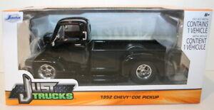 Jada - 1/24 Scale - 97462 - 1952 Chevy COE PickUp - Black
