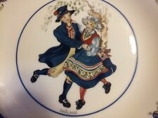 """RORSTRAND Sweden """"SMALAND"""" Plate of the Swedish National Costume Series"""