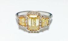 2.00ct Natural Fancy Yellow Diamonds GIA Enagement Ring 18K Emerald Cut VVS1