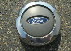 One factory 2002 to 2005 Ford Explorer alloy wheel center cap hubcap