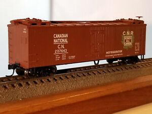 HO Scale 40' Canadian National  reefer #207643, built 1931, metal wheels, Kadee
