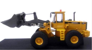 Cararama 810003 L150C Volvo Wheel Loader Scale 1/87 Die Cast - Tracked 48 Post