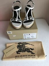 ❤️Authentic BURBERRY Patent Leather White wedge heels shoes sandals 39 8.5 9❤️