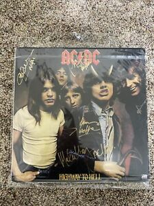 Signed AC/DC Highway To Hell Vinyp Album
