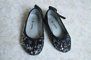 1552 : Chaussures Noires T27 B-Unity ebondy