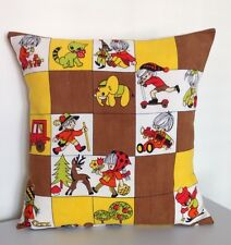 Unique Cushion Cover: Vintage 1970s Childrens' Fabric - Scandi Style (Retro)