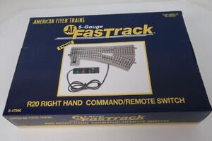 American Flyer S Gauge 6-47940 R20 Right Hand Fast Track Command Remote Switch