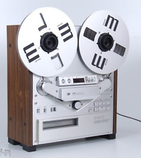 Akai GX- 747 Reel to Reel With Manuals in Excellent condition, Fully functional