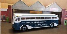 Corgi 98472(N) Yellow Coach 743 Bus  1/50 WAC Northland Greyhound