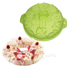 "10"" Round Holiday Wreath Bundt Jello Cake Shallow Pan Silicone Baking Mold"