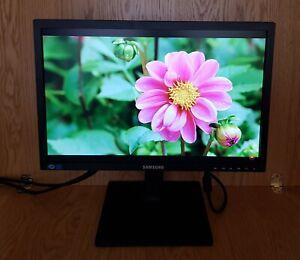 "Samsung 19"" inch DVI VGA Widescreen LED Monitor supporting Windows, Mac"