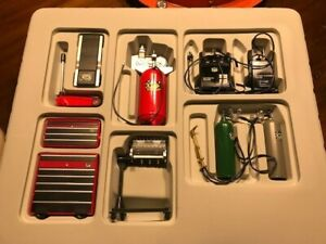 1:18 Scale WT Car Garage Shop Tools For Diorama Display