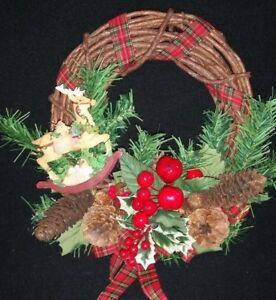 Christmas Holiday Wreath Natural Vine 12 inch Reindeer Holly Berries Pine Cones