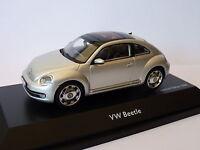 Volkswagen beetle de 2013  au 1/43 de Schuco