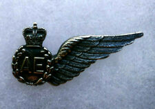 NEW ZEALAND AIR FORCE AVIATION ELECTRONICS WING, METAL PIN BACK, QEII CROWN