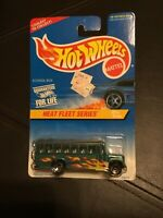 Vintage 1997 Hot Wheels School Bus Heat Fleet Series  #538 Red Hot Paint Job NIB