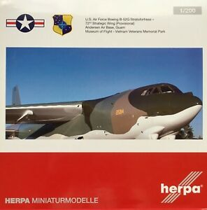 Herpa HE559294 1/200 B-52G USAF 72nd SAW Anderson AB Guam / Museum of Flight