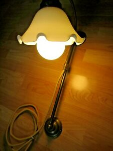 Ältere Berliner Messing - ANTIK SIEGER - Wandlampe mit tollem Glasschirm