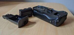 Genuine Pentax D-BG2 Battery Grip for K10D K20D DSLR Camera WITH D-Li50 Battery