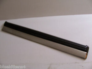 1993 1995 1996 LESABRE RIGHT FRONT DOOR TRIM MOLDING DENTED OEM USED ORIG