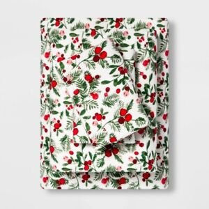 THRESHOLD Printed Flannel Sheet Set   QUEEN   Reactive Holly   🆕