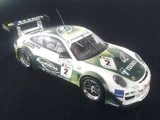 Minichamps Porsche 911 (997) GT3 R 2011 1:18 #2 Lappalainen / Heylen (MCC)