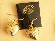 Goldfarbige schöne Ohrhänger mit tollem Herz. Ohrhaken. Nickelfrei.~