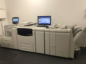 Xerox Light Production Finisher for a 700i