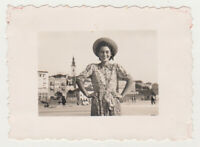 Pretty Super Cute Young Woman Lady Female Smile Hat 1940s Snapshot Old Photo