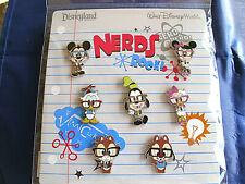 Disneys Minnie Mouse Nerd Full Body Pin