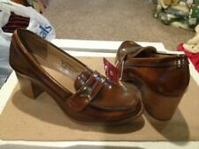 Womens Size 8 Merona Bernadette Cognac Brown Heeled Loafers
