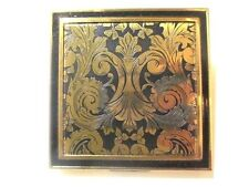 VINTAGE UNUSED ZELL POWDER COMPACT BRASS SCROLL ETCHED BLACK ENAMEL MID CENTURY
