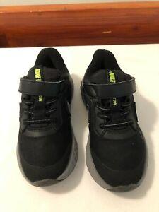 Boys Nike Revolution Trainers ,black, textile, laces size UK 10 infants EU 27