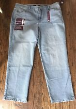 Womens Gloria Vanderbilt Amanda Jeans Light Wash Size 20 Short New With Tags