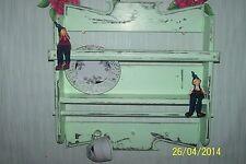 Shabby Regal,Küchenregal,,Wandboard,grün,Tellerboard,Landhaus..UNIKAT