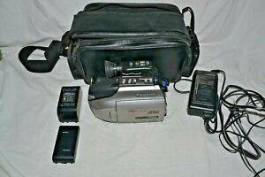 Panasonic PV-L779D Palmsight Palmcorder 300x Digital Camcorder W/ Accessories