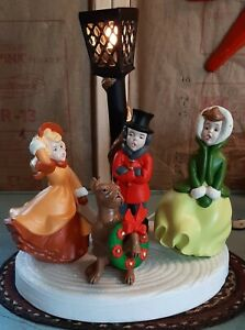 Vintage 7pc. Atlantic Mold Holiday Carollers Singers Dog Wreath Stage Lamp Post