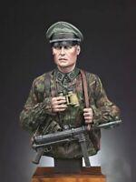 1/10 BUST Resin Figure Model Kit German Soldier Officer WWII WW2 Unpainted