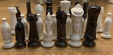 Vintage IRIDESCENT Ceramic Duncan Mold Medieval Gothic Chess 32 pc set Complete