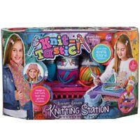 Knit Tastic Ultimate Fashion Knitting Station Set Creative Design Playset Toy 6+